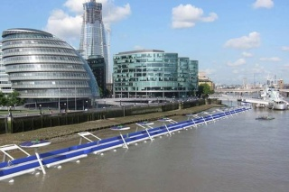 Floating cycleway